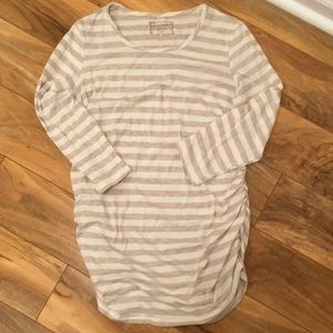 Motherhood three-quarter length shirt. Size S